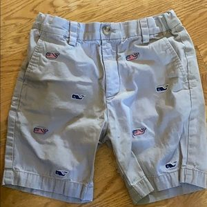 Vineyard Vines boys khaki shorts w/ whales size 7